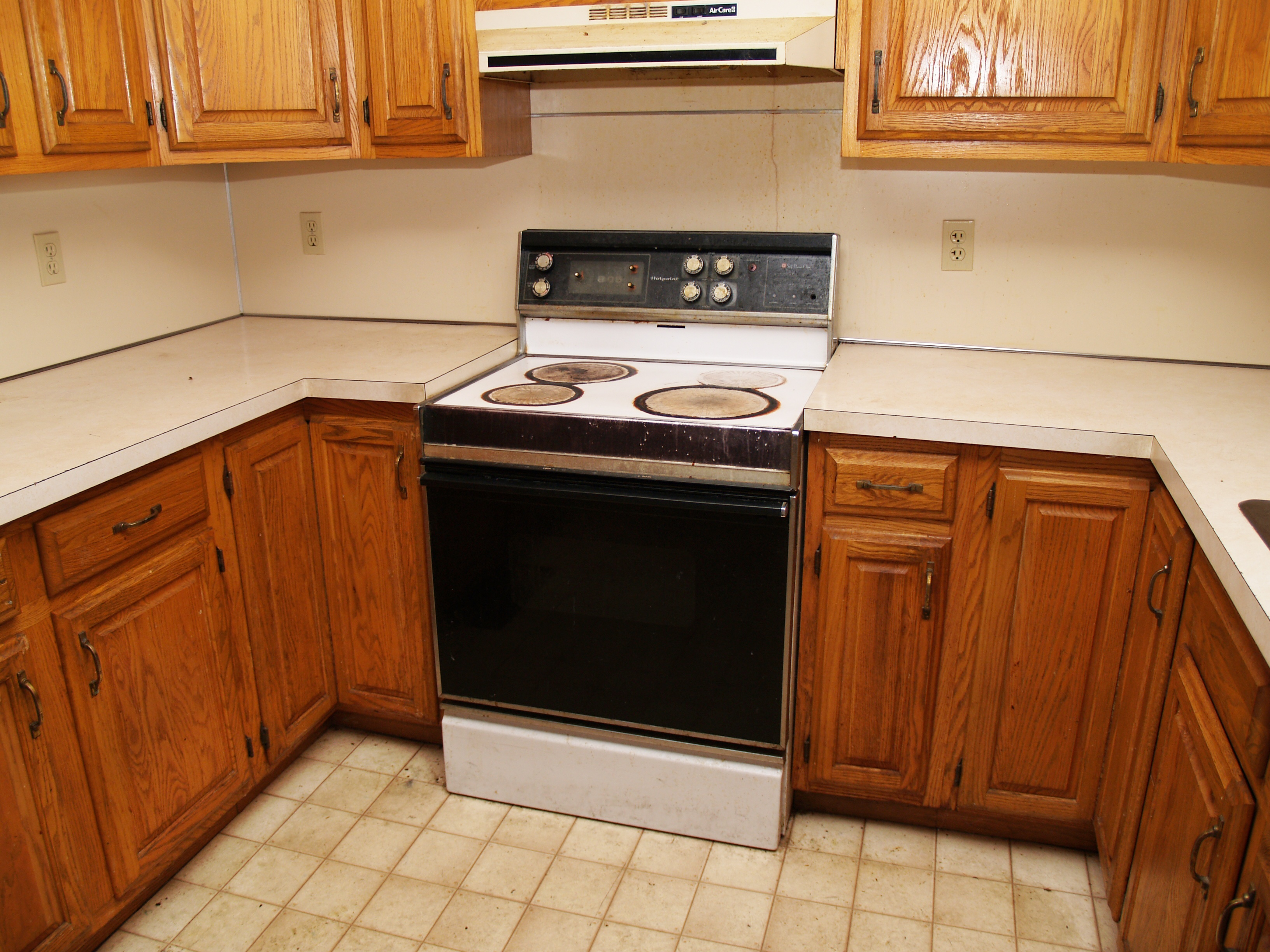 Salvaging Your Old Cabinets Clare MI