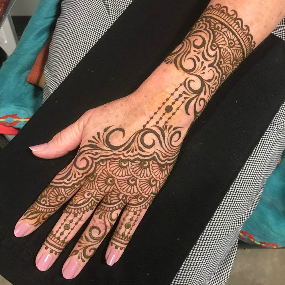 https://0201.nccdn.net/1_2/000/000/0bb/ab1/henna61-1000x1000.jpg
