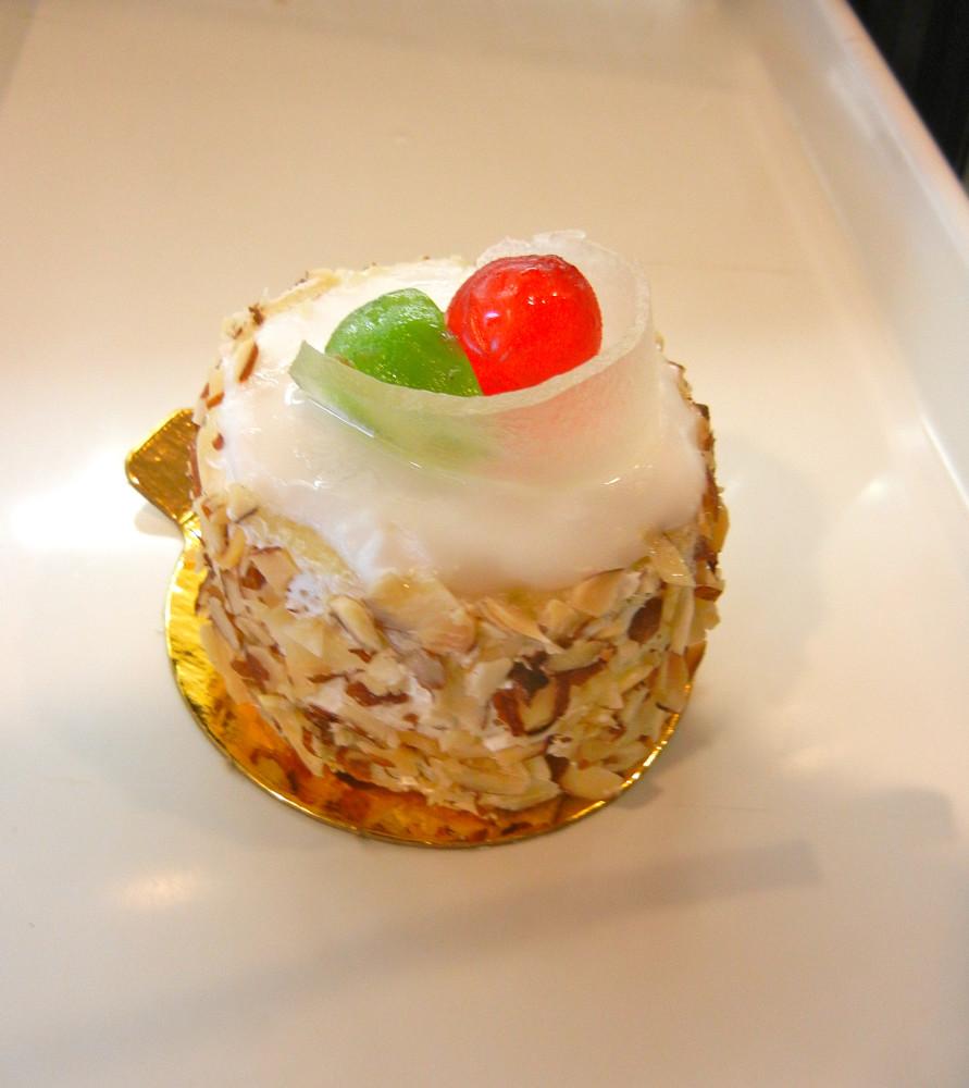Cassada Cake (Cannoli Filling)