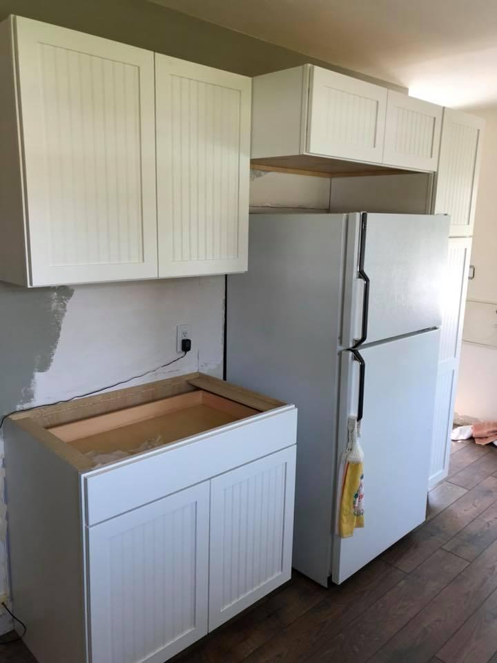 https://0201.nccdn.net/1_2/000/000/0bd/4d2/cabinets.jpg
