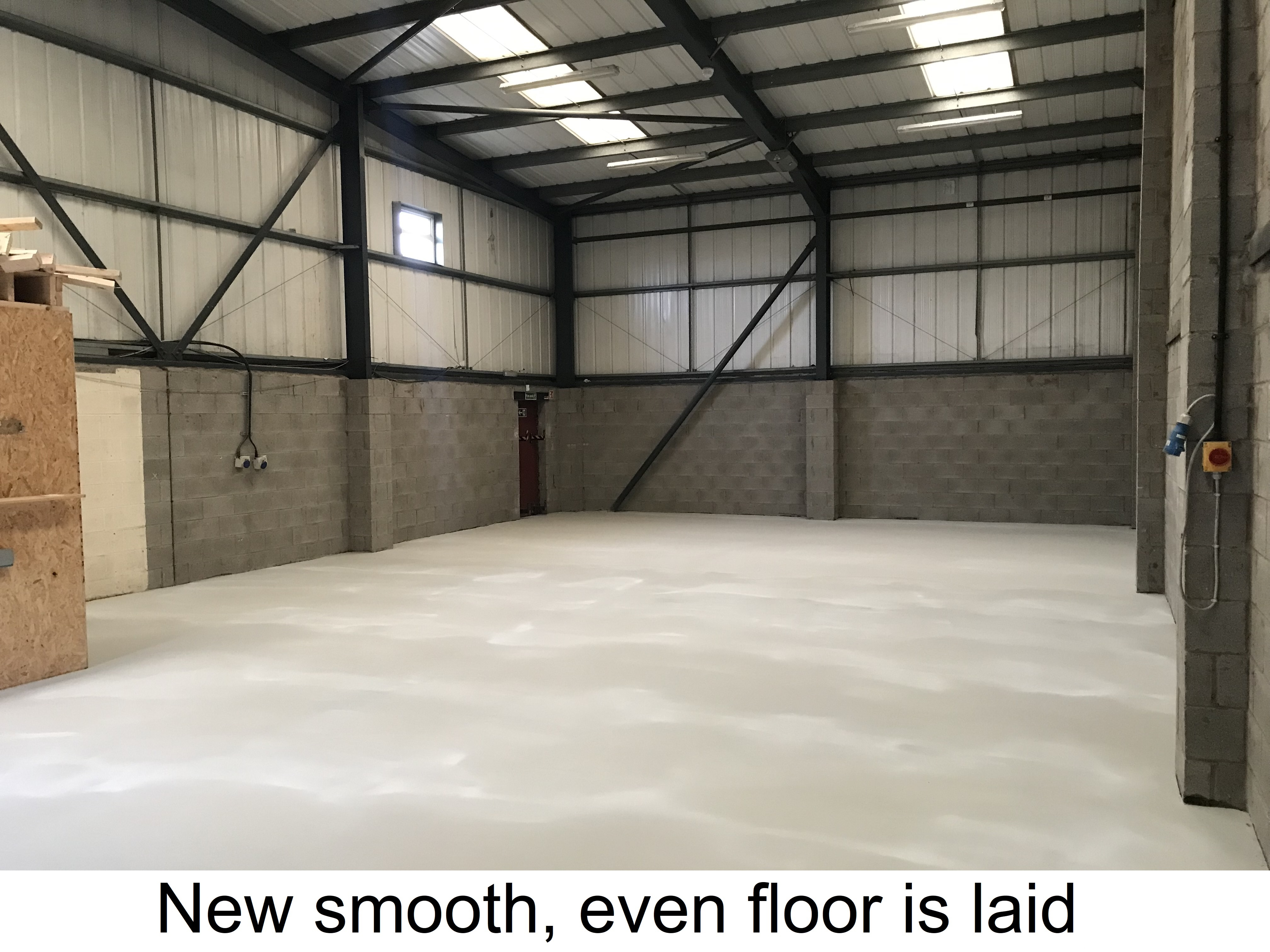 https://0201.nccdn.net/1_2/000/000/0bd/fa3/5.-new-smooth--even-floor-is-laid.jpg
