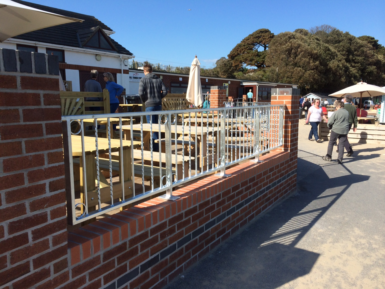 The Noisy Lobster, Mudeford - Galvanised railing