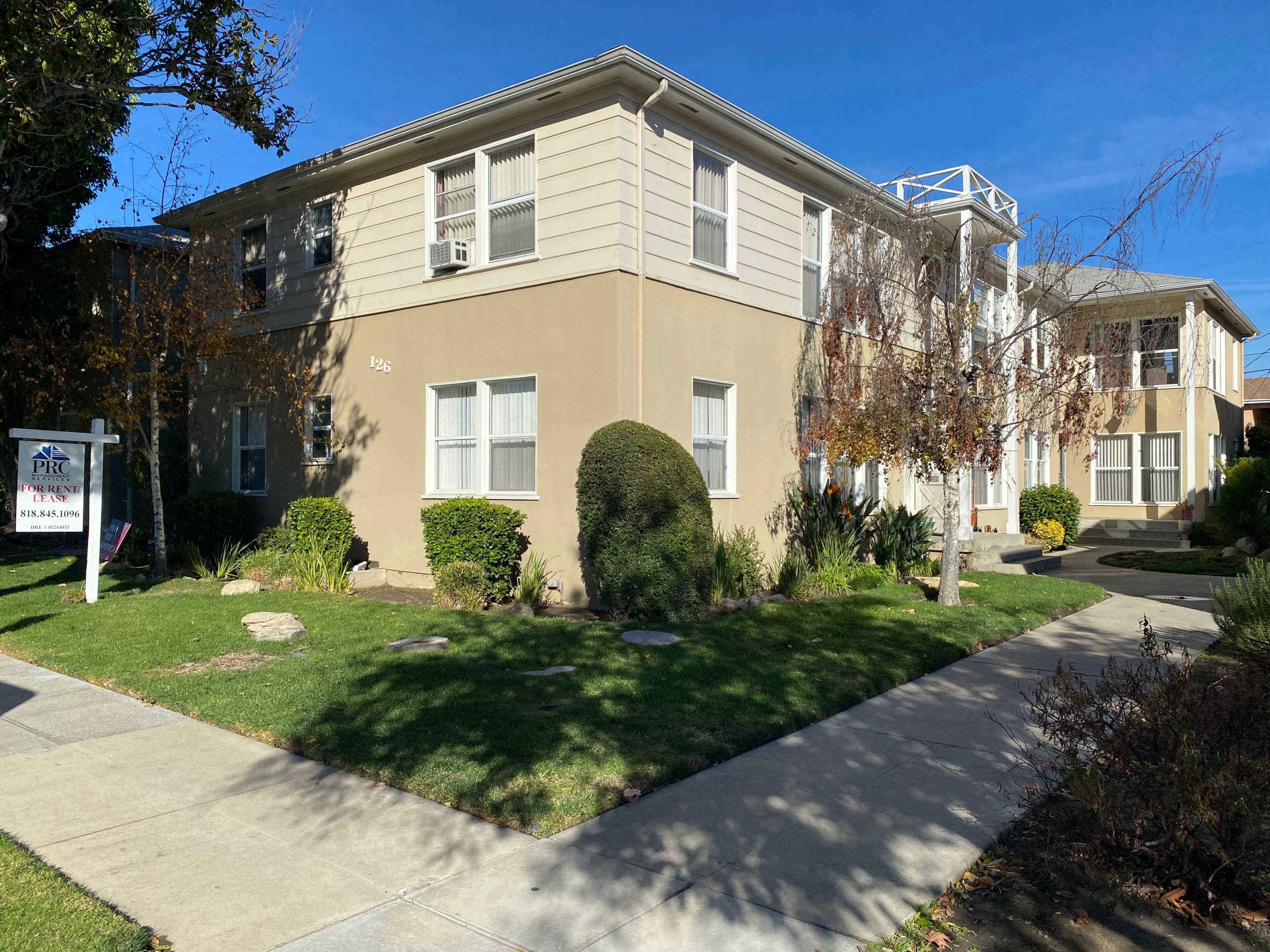 126 N. Lamer Street Burbank, CA 91506