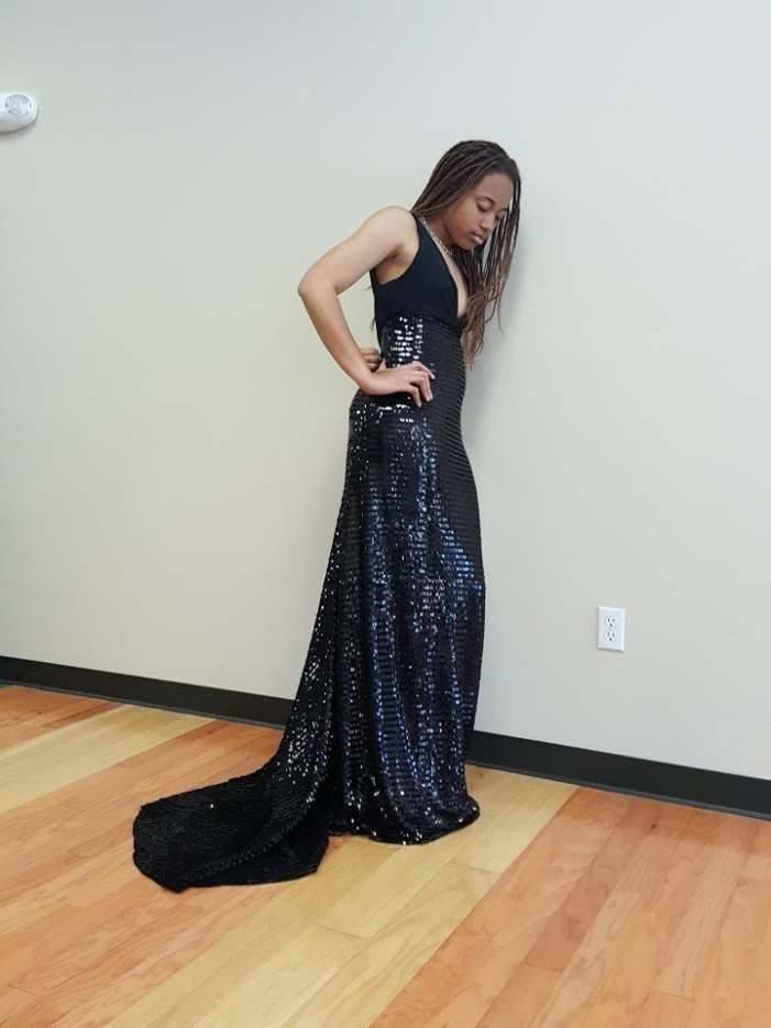 H C ONLINE STORE - Prom Dresses