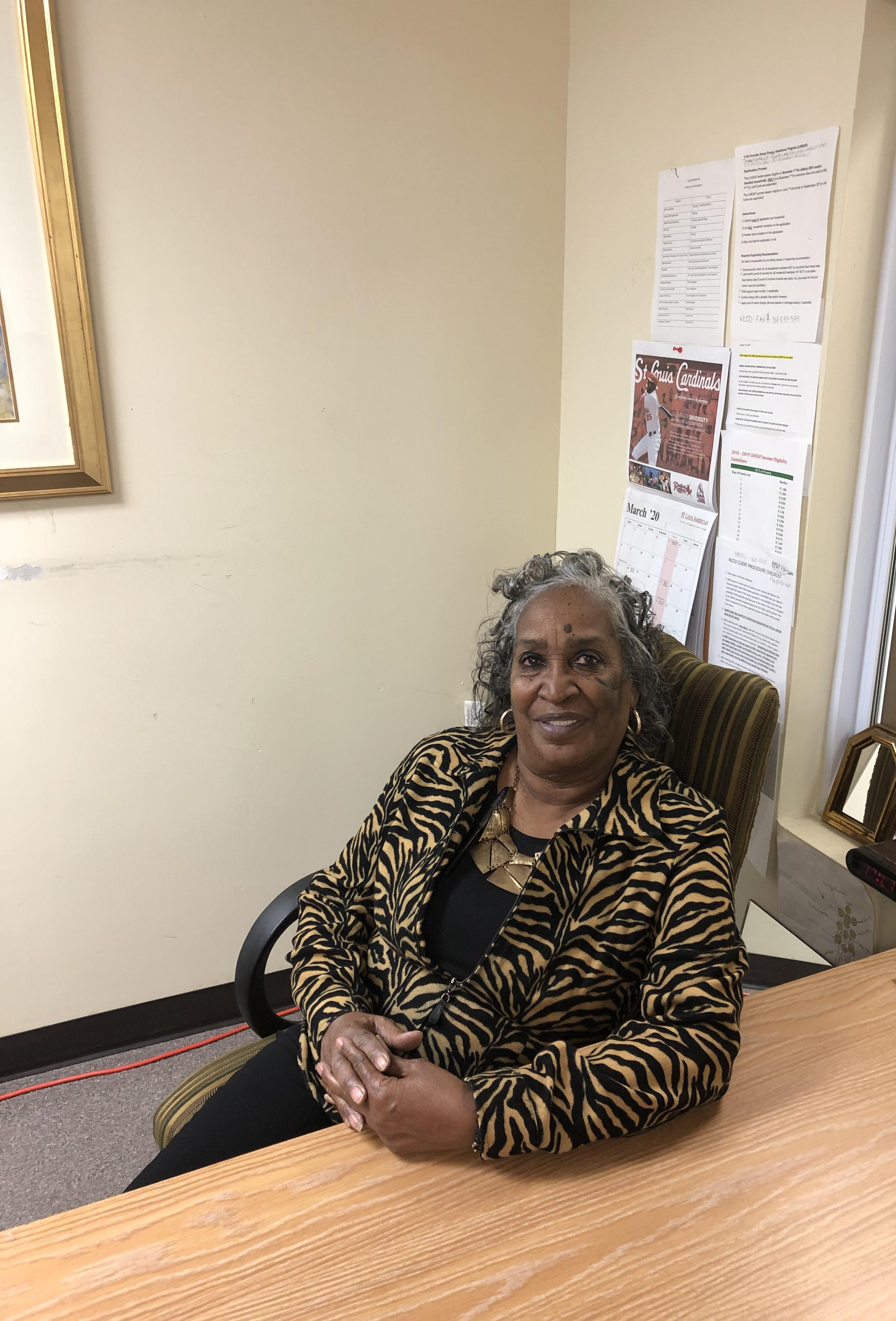 Demetra Lambert, Receptionist