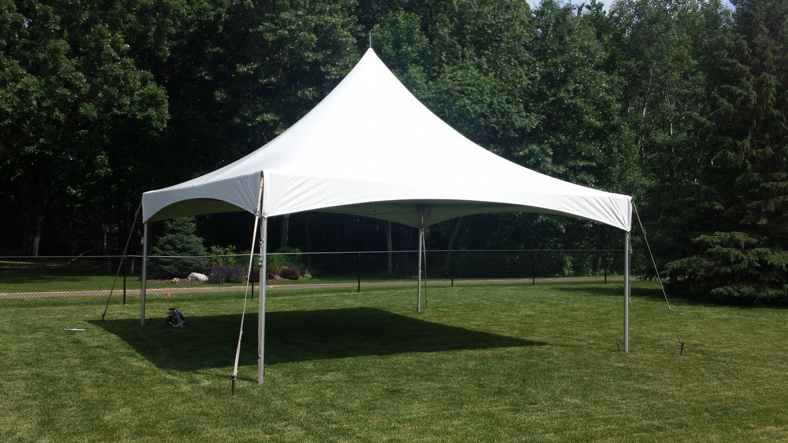 20'x20' High Peak Tent $200/day or weekend $350/for 2 to create 20'x40'