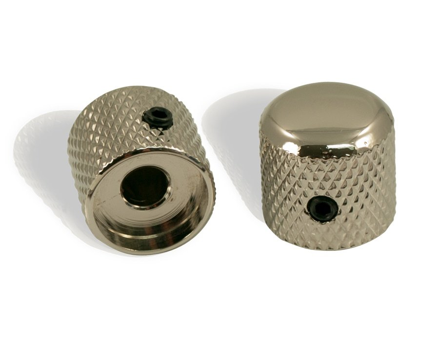 https://0201.nccdn.net/1_2/000/000/0c6/866/Dome-Knobs--Pair--chrome-900x700.jpg