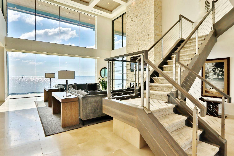 https://0201.nccdn.net/1_2/000/000/0c7/01d/waterfront-contemporary-home--4-.jpg