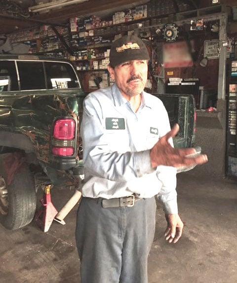 Professional Auto Mechanic