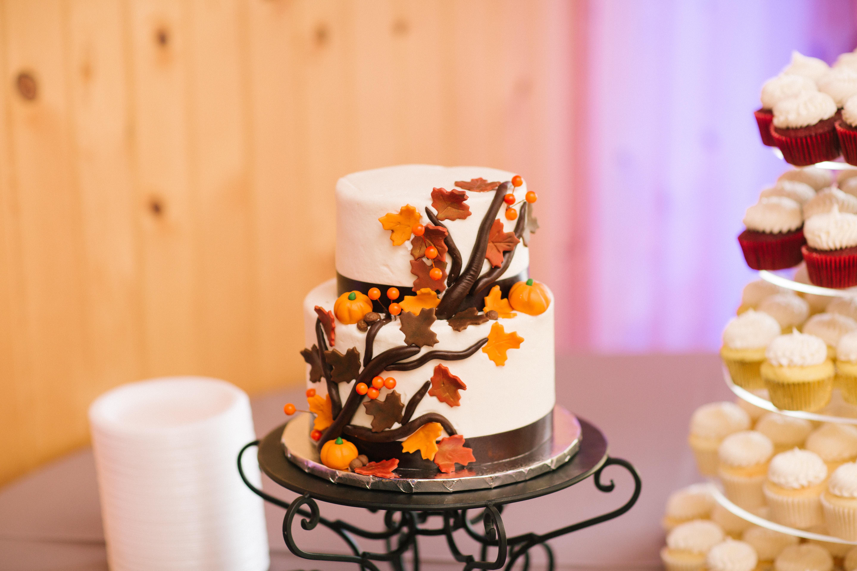 https://0201.nccdn.net/1_2/000/000/0c8/579/martinez-cake.jpg