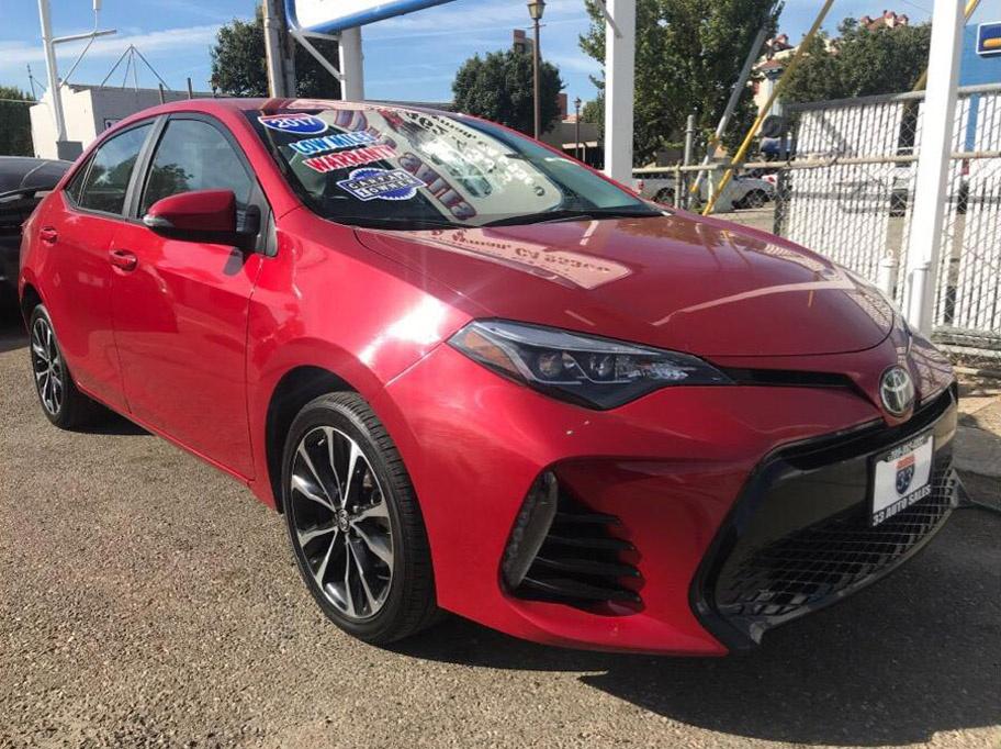 2017 Toyota Corolla SE $17,995 vin#959702