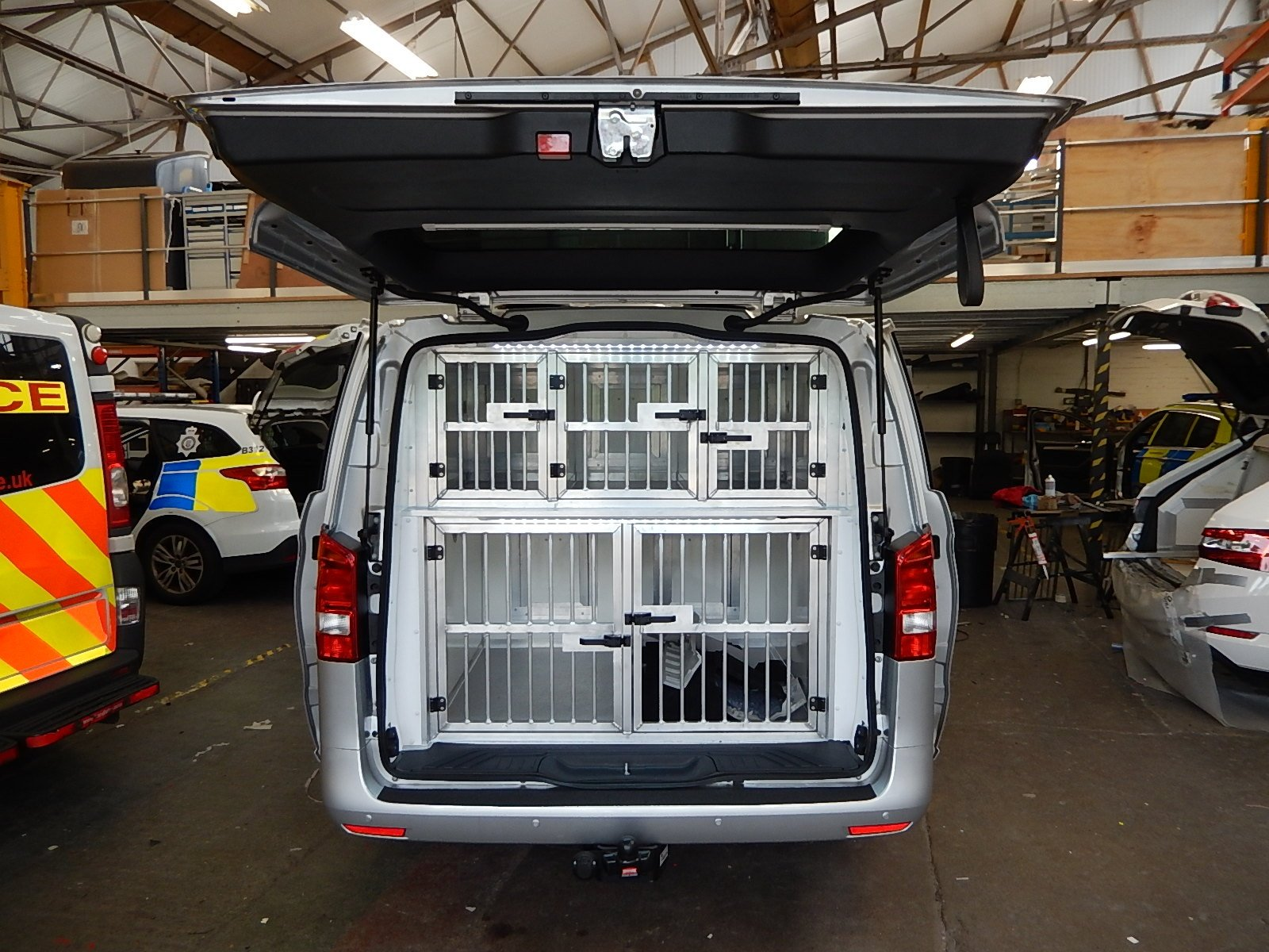 Multiple Dog Kennel Conversion - Mercedes Vito