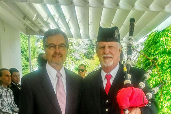 Rev. Arland Steen and Bill Boetticher, Bagpiper