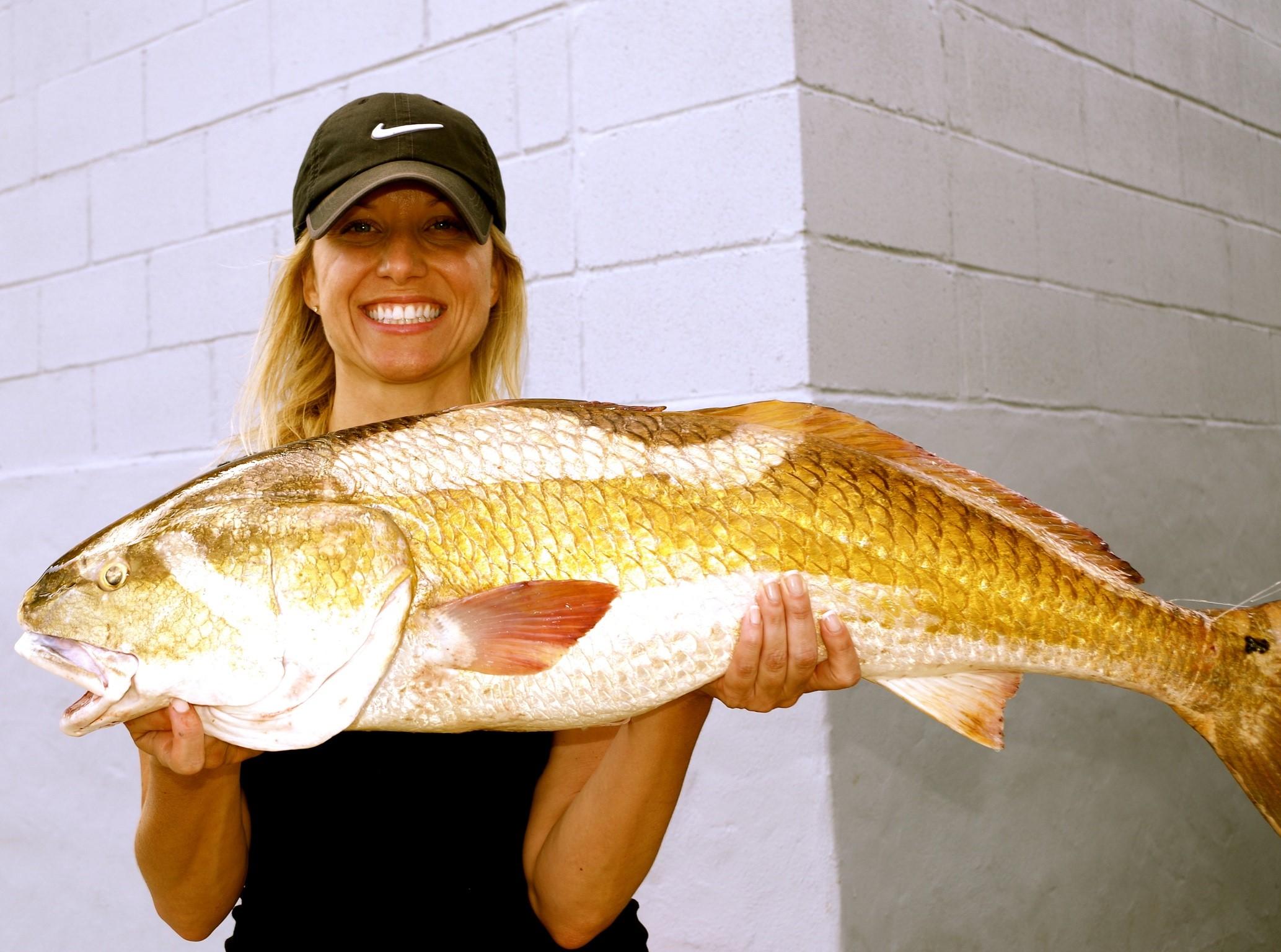 https://0201.nccdn.net/1_2/000/000/0cc/7cb/rod-bending-charters-redfish--3-.jpg