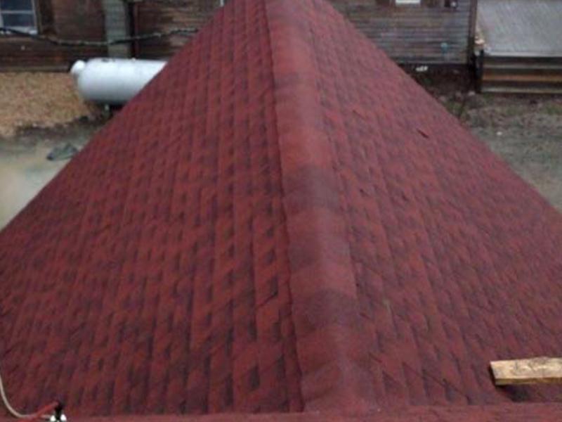 Roof Cap with Ridge Vent