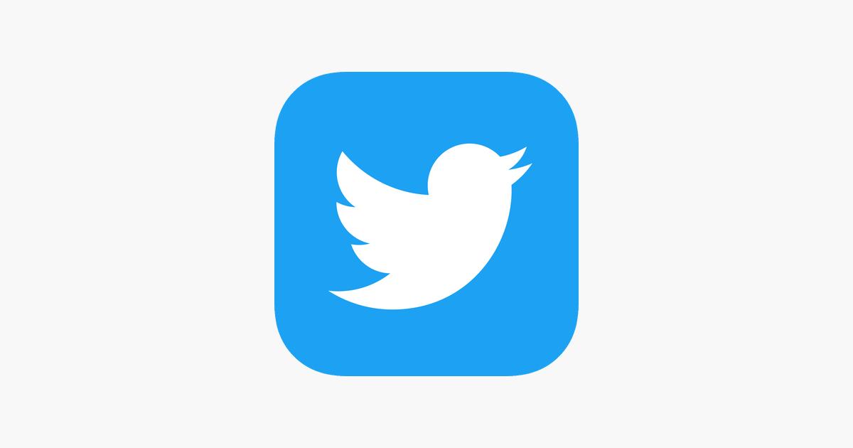 Dale click y siguenos en Twitter