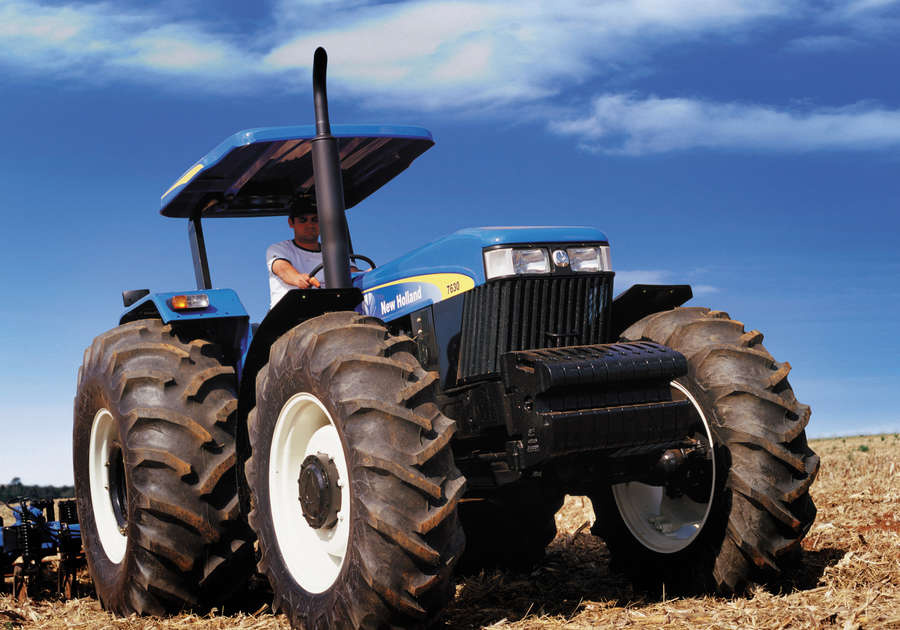 https://0201.nccdn.net/1_2/000/000/0cf/9e5/newholland-agriculture-tratores-serie30-10-900x630.jpg