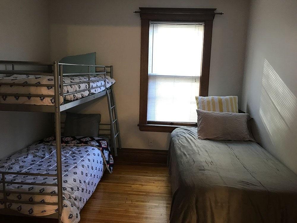 Mary Kay's Manor Bedroom 2