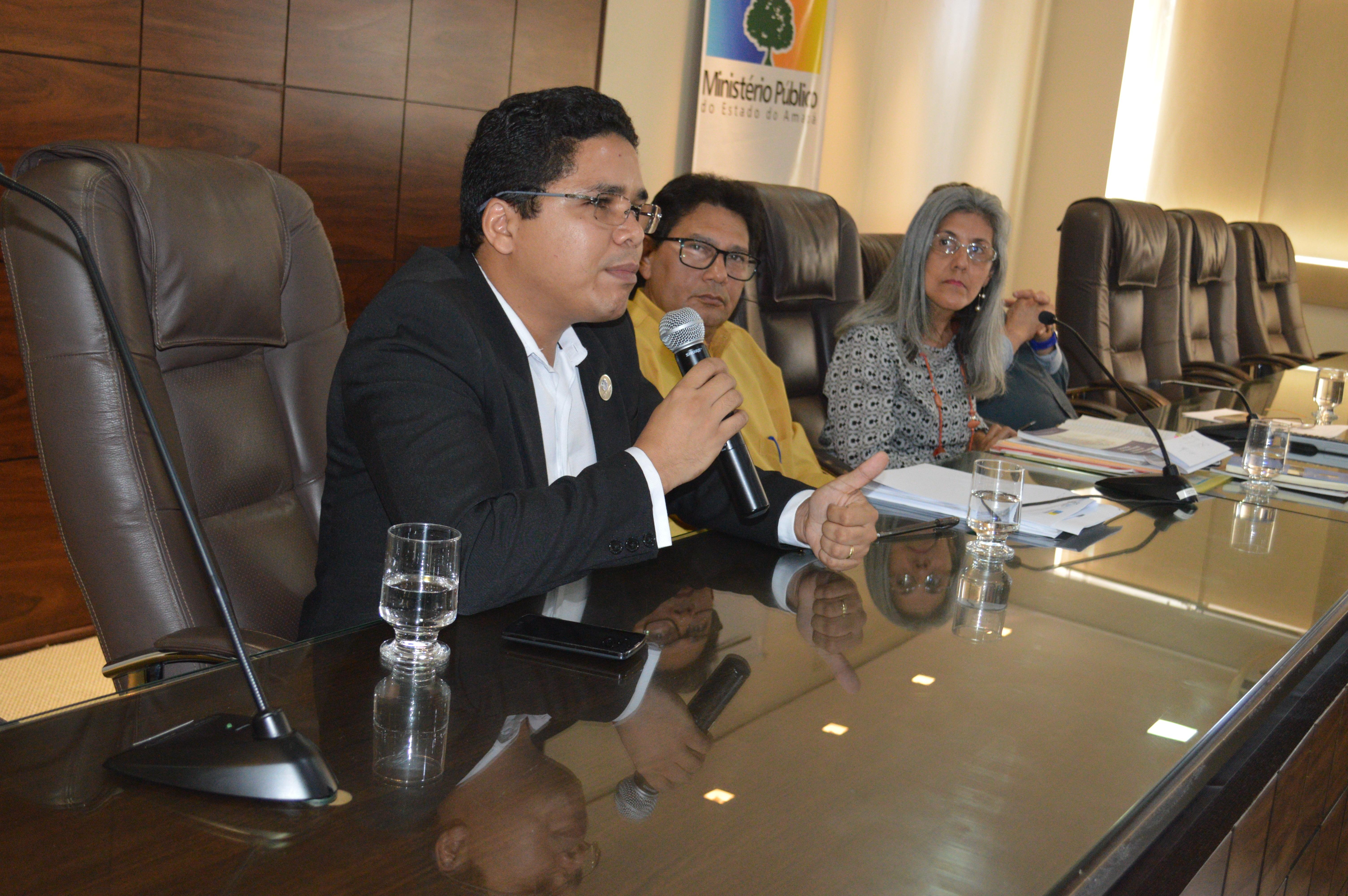 Em roda de conversa, CRB-2 e Ministério Público-AP buscam contribuir com a melhoria do Sistema Estadual de Bibliotecas Públicas do Amapá.