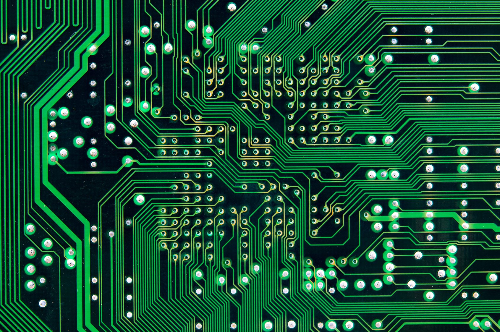 A Brief History Of Pcb Circuitboards Electrical Circuit Boards Popular In Older Computer And Designs Every Component Had Single Wire Connecting All The Leads Inside Was Huge Jumble