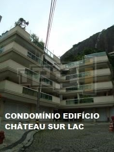 https://0201.nccdn.net/1_2/000/000/0d5/237/chateau-236x314.jpg