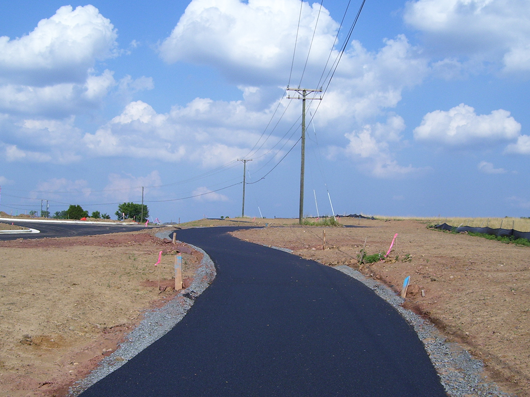 Zigzag trail installation
