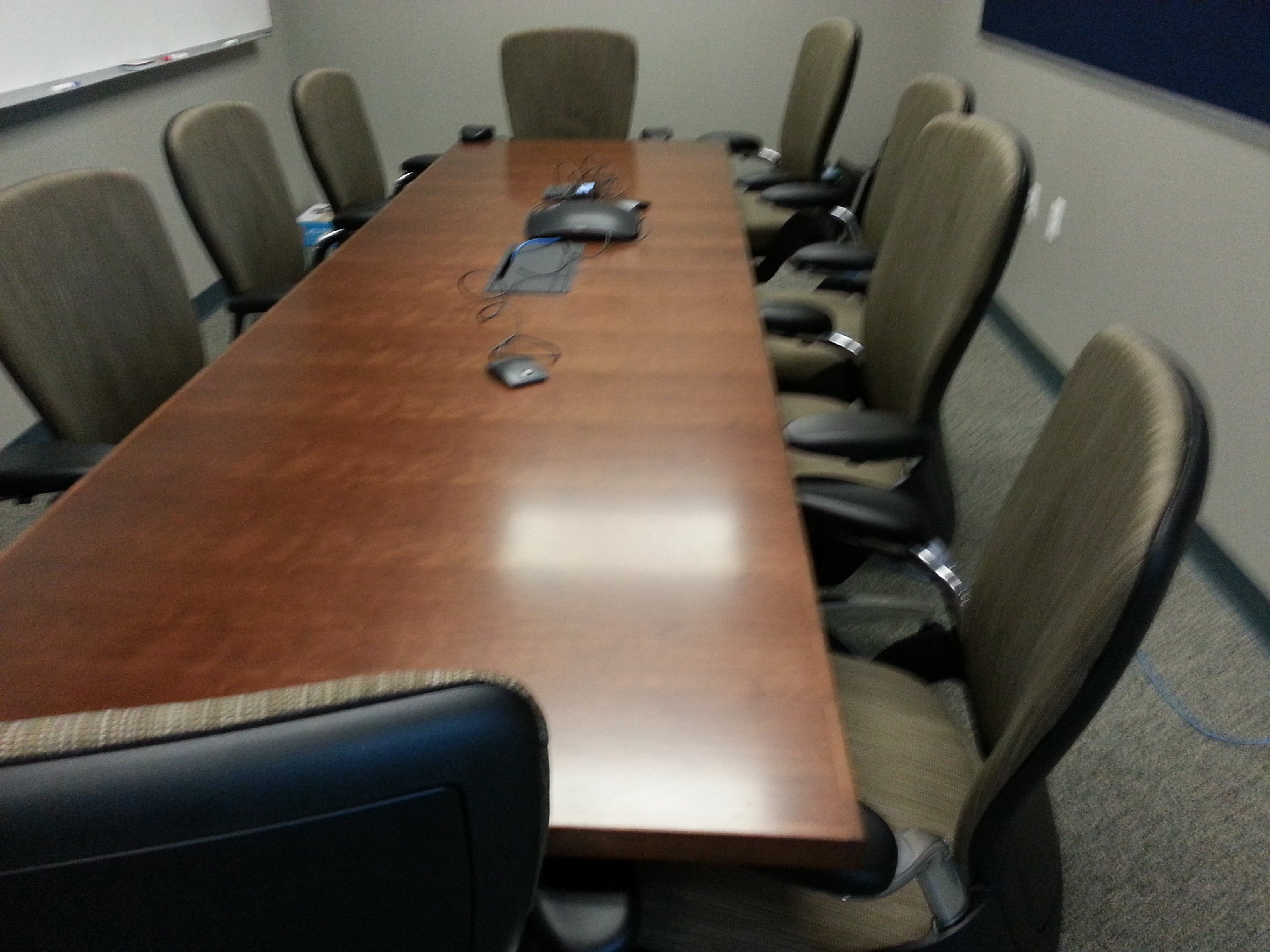 AV upgrades at 6-BSEE Gulf Coast District Offices using Crestron Presentation Media and Air Media