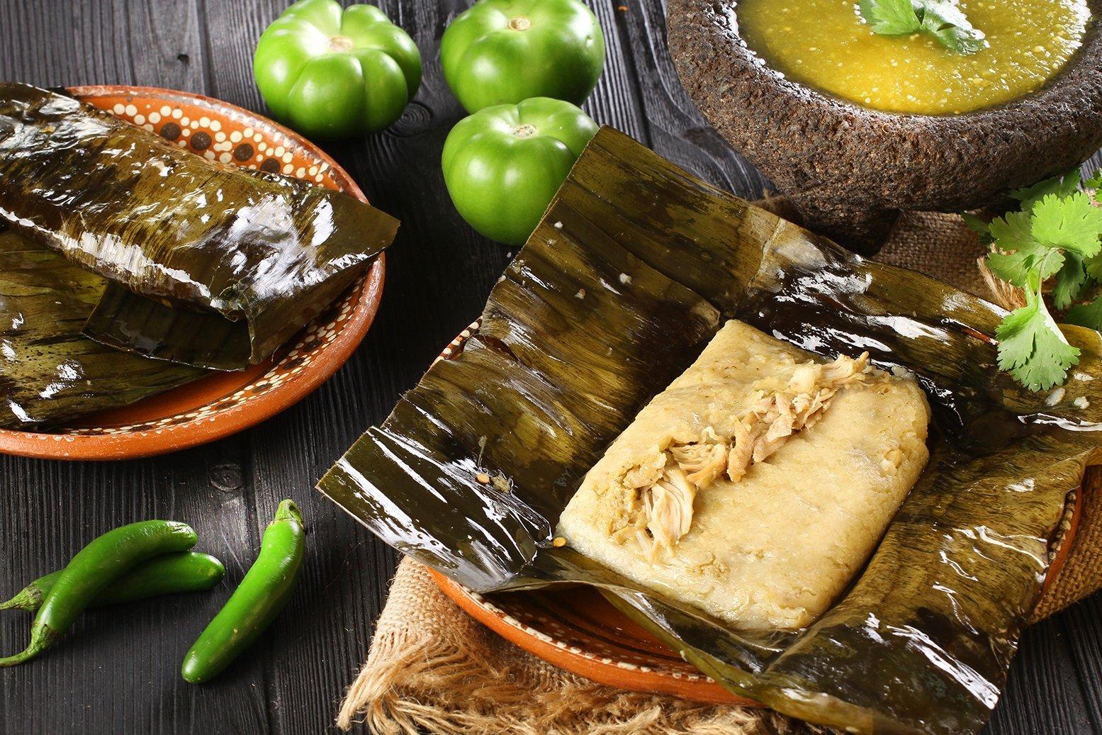 https://0201.nccdn.net/1_2/000/000/0d6/e8a/IMG_5271-pollo-en-salsa-verde-1555x1037.jpg