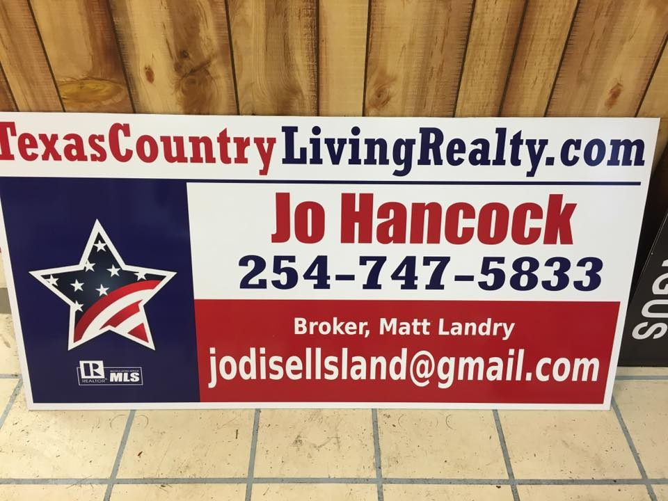 https://0201.nccdn.net/1_2/000/000/0d9/7f3/Texas-Country-Living-Realty-960x720.jpg