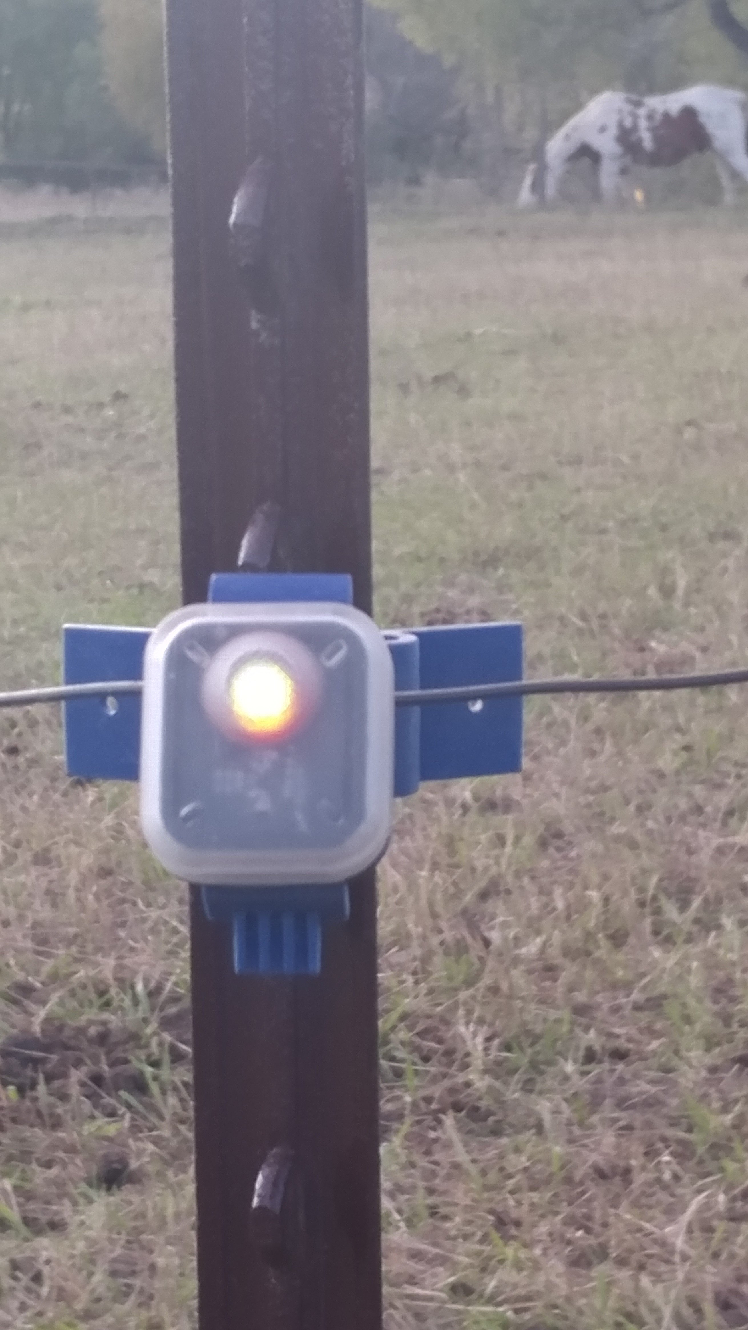 Flash Insulator With Power Monitor