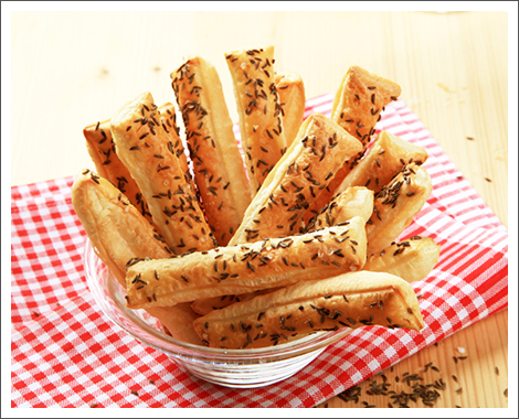 Sesame bread sticks||||