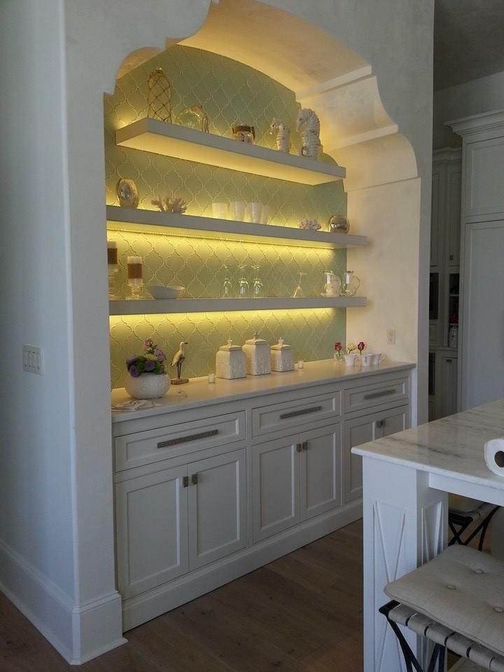 https://0201.nccdn.net/1_2/000/000/0df/c35/Kitchen-Nook-720x960.jpg
