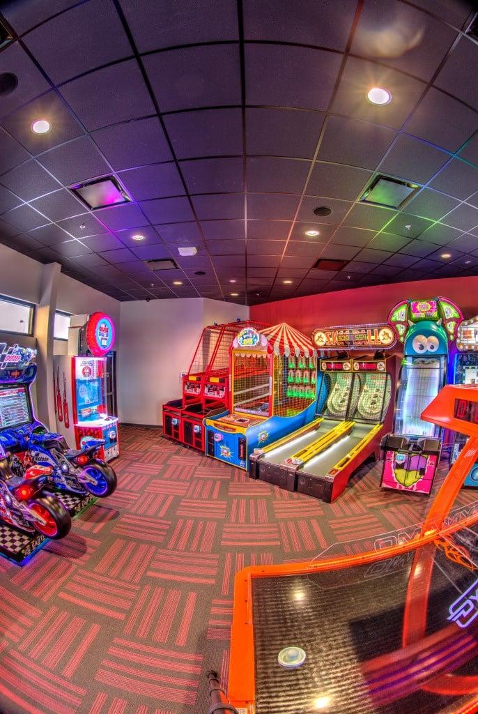 https://0201.nccdn.net/1_2/000/000/0e0/3cb/Arcade-3--1--686x1024.jpg