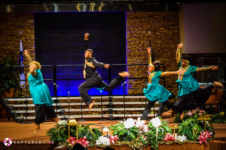 https://0201.nccdn.net/1_2/000/000/0e2/059/A-Gift-to-Dance-Conference-Showcase-51-6000x4000-6000x4000.jpg