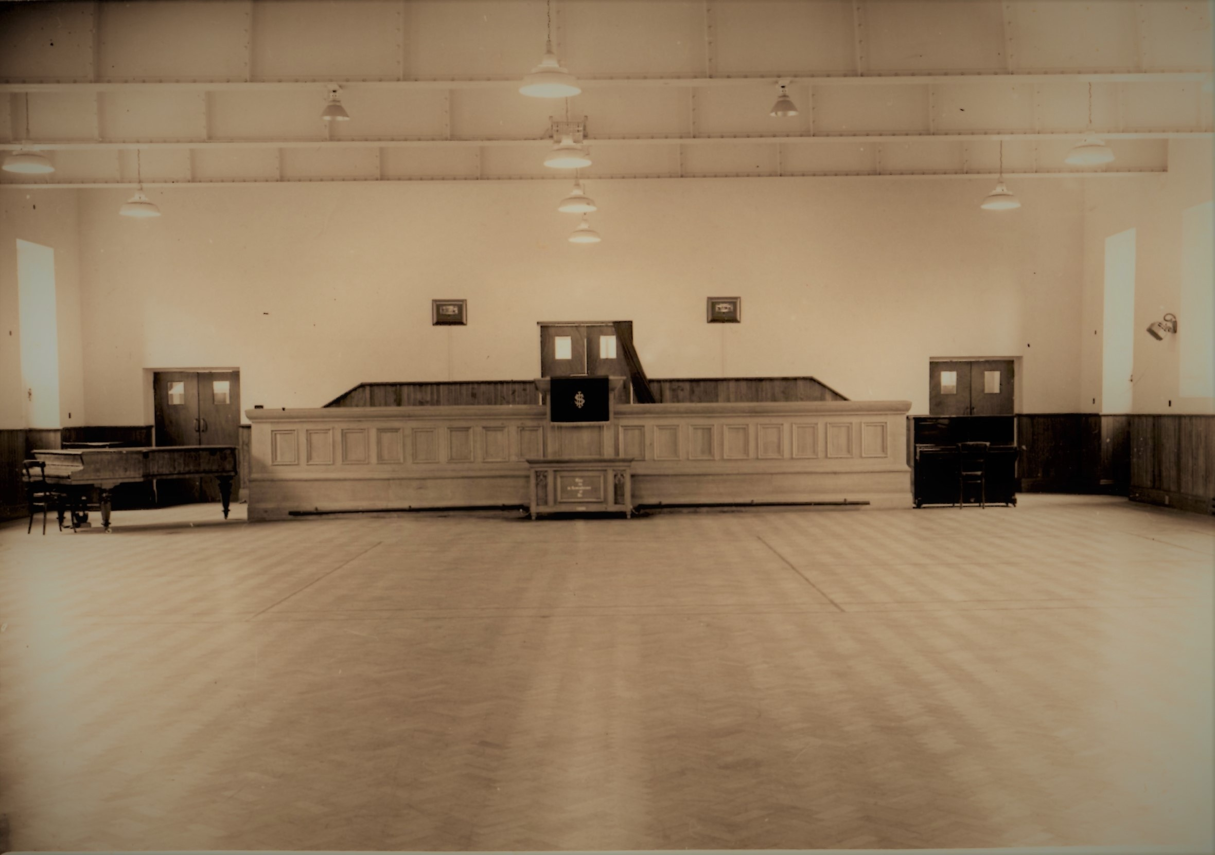 https://0201.nccdn.net/1_2/000/000/0e3/54f/SRBC---The-Large-Hall--1951-2361x1663.jpg