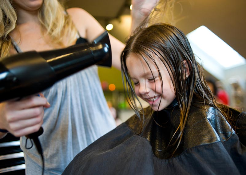 Little girl in salon