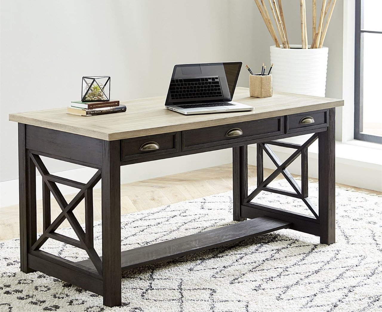 422-HO107 Writing Desk