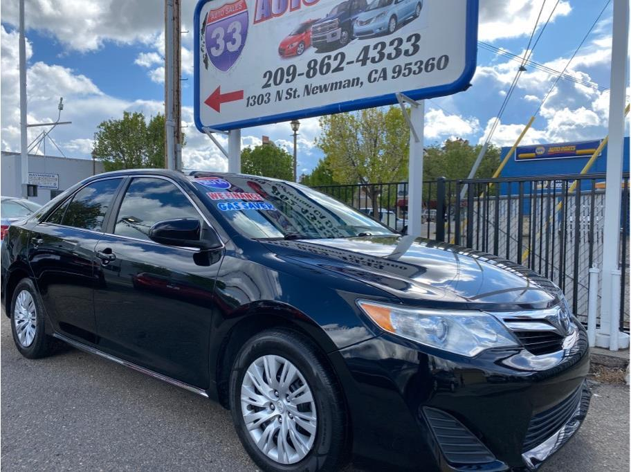 2014 Toyota Camry Miles:83,117 Drive:FWD Trans:Automatic, 6-Spd Engine:4-Cyl, 2.5 Liter VIN:364129