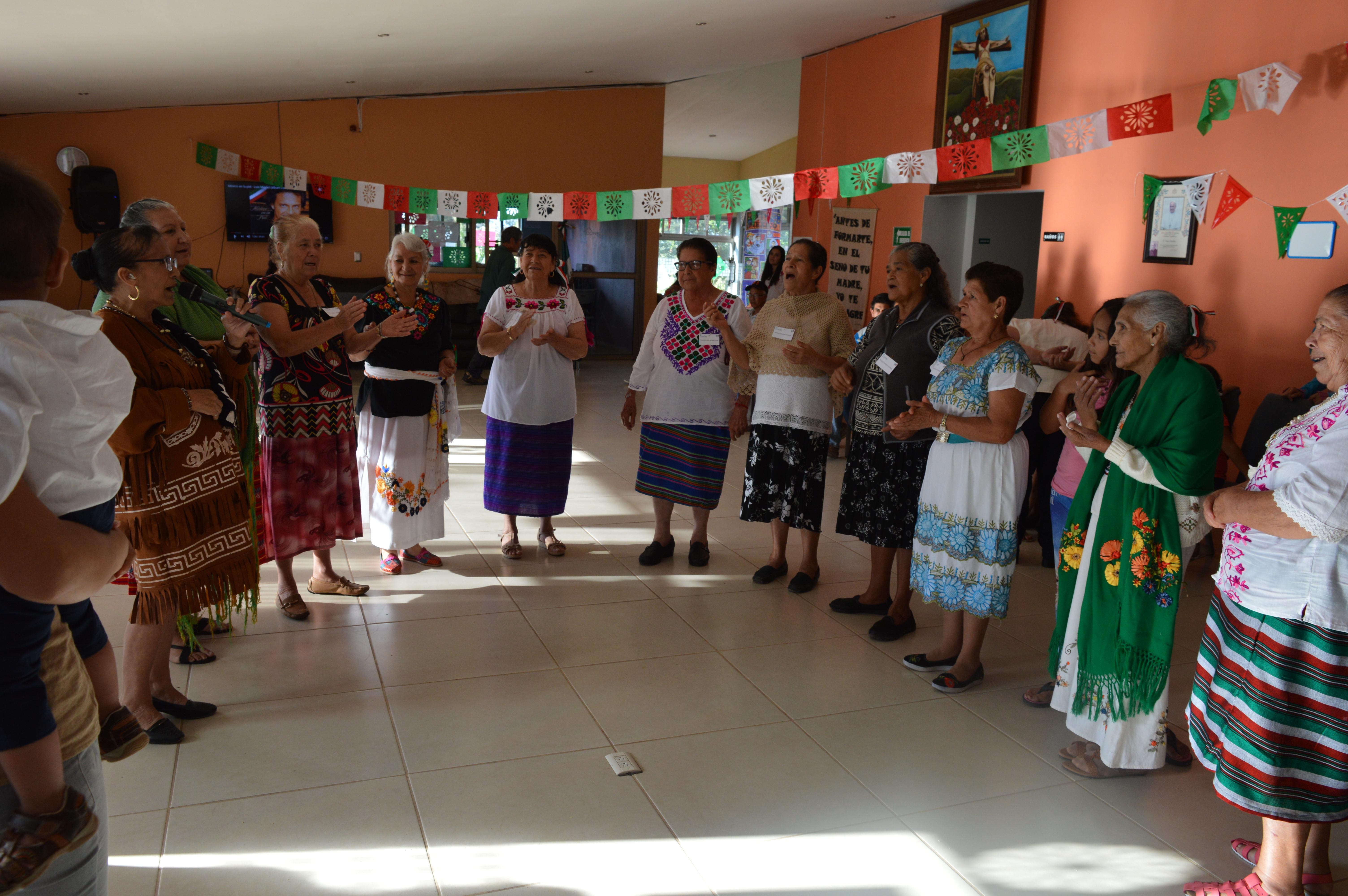 ACTIVIDADES SOCIALES CONCURSO DE TRAJE TIPICO