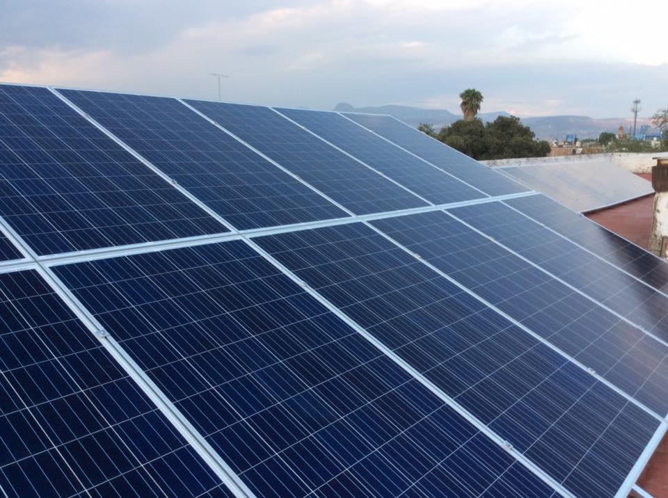 https://0201.nccdn.net/1_2/000/000/0e6/6b2/panel-solar-instalado-960x716.jpg