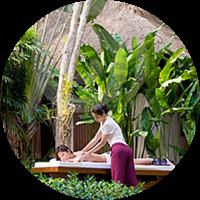 Disfruta de un relajante masaje en medio de la naturaleza