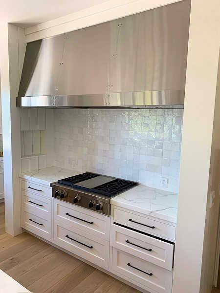 https://0201.nccdn.net/1_2/000/000/0e7/22a/kitchen-hood.jpg