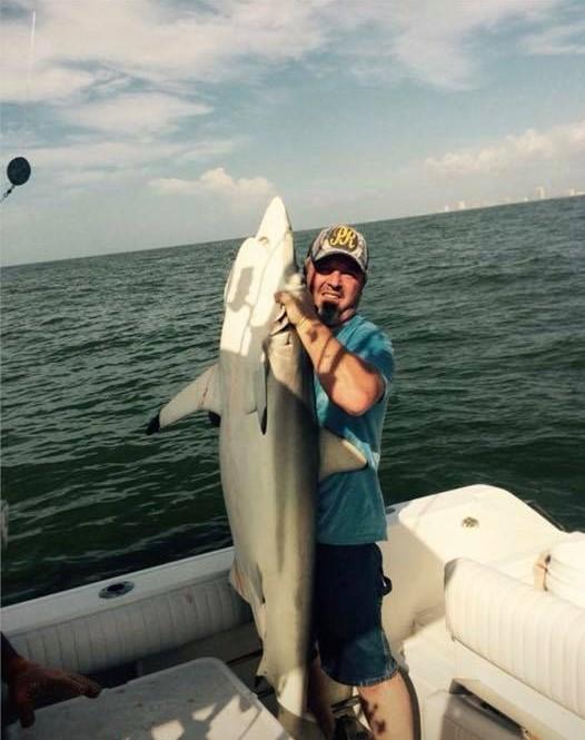 https://0201.nccdn.net/1_2/000/000/0e7/655/shark-fishing-galveston-tx.jpg
