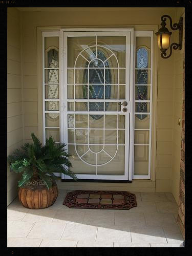 Avon Storm door with matching sidelites