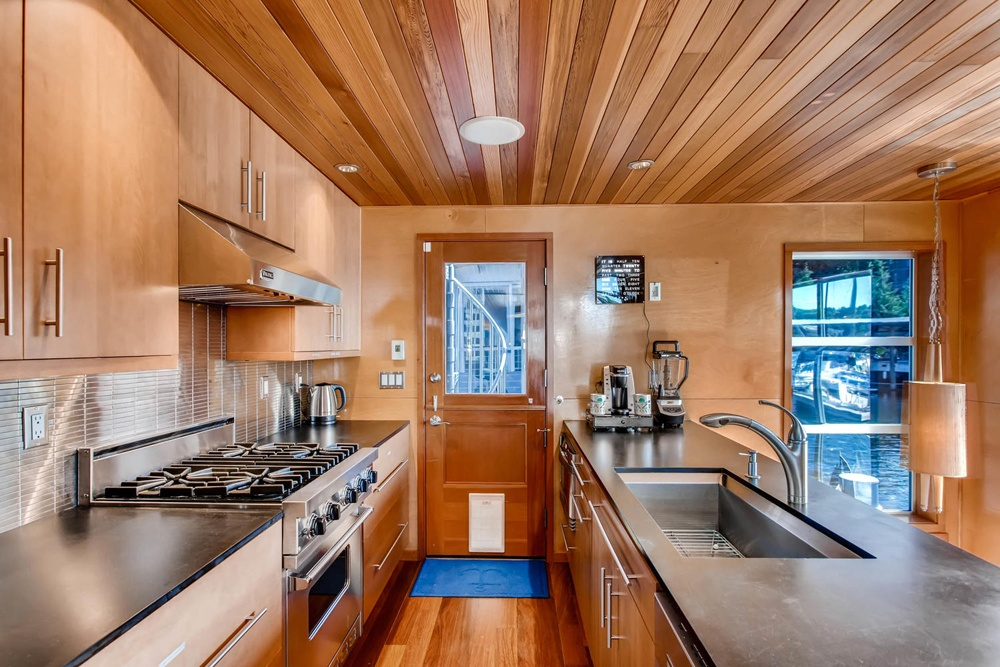 https://0201.nccdn.net/1_2/000/000/0ea/6ed/11-E-allison-ST-Seattle-WA-large-013-18-Kitchen-1500x1000-72dpi-1000x667.jpg