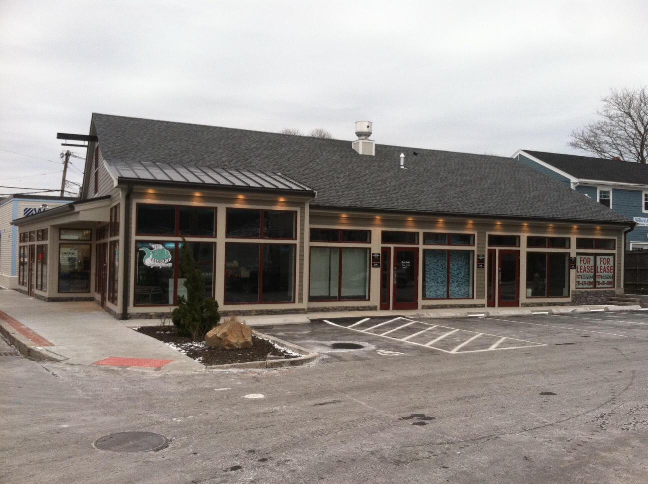 Marblehead, MA - Retail Plaza