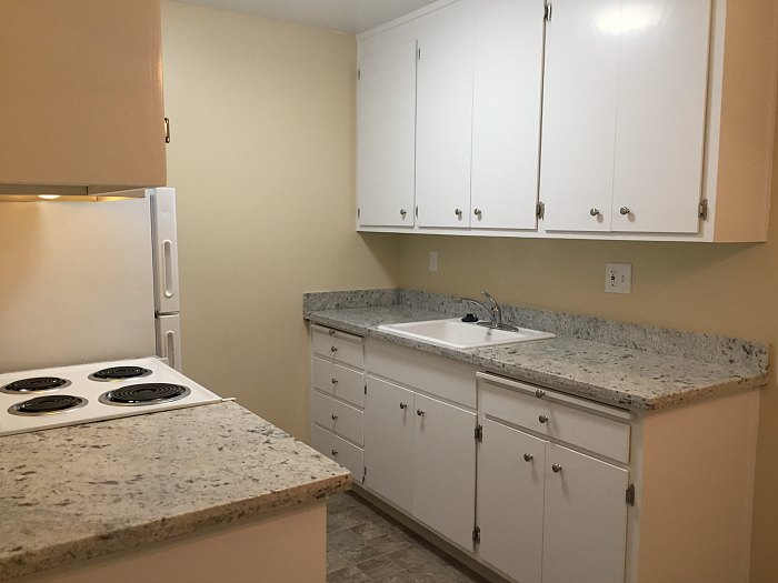 Kitchen with new, granite countertops