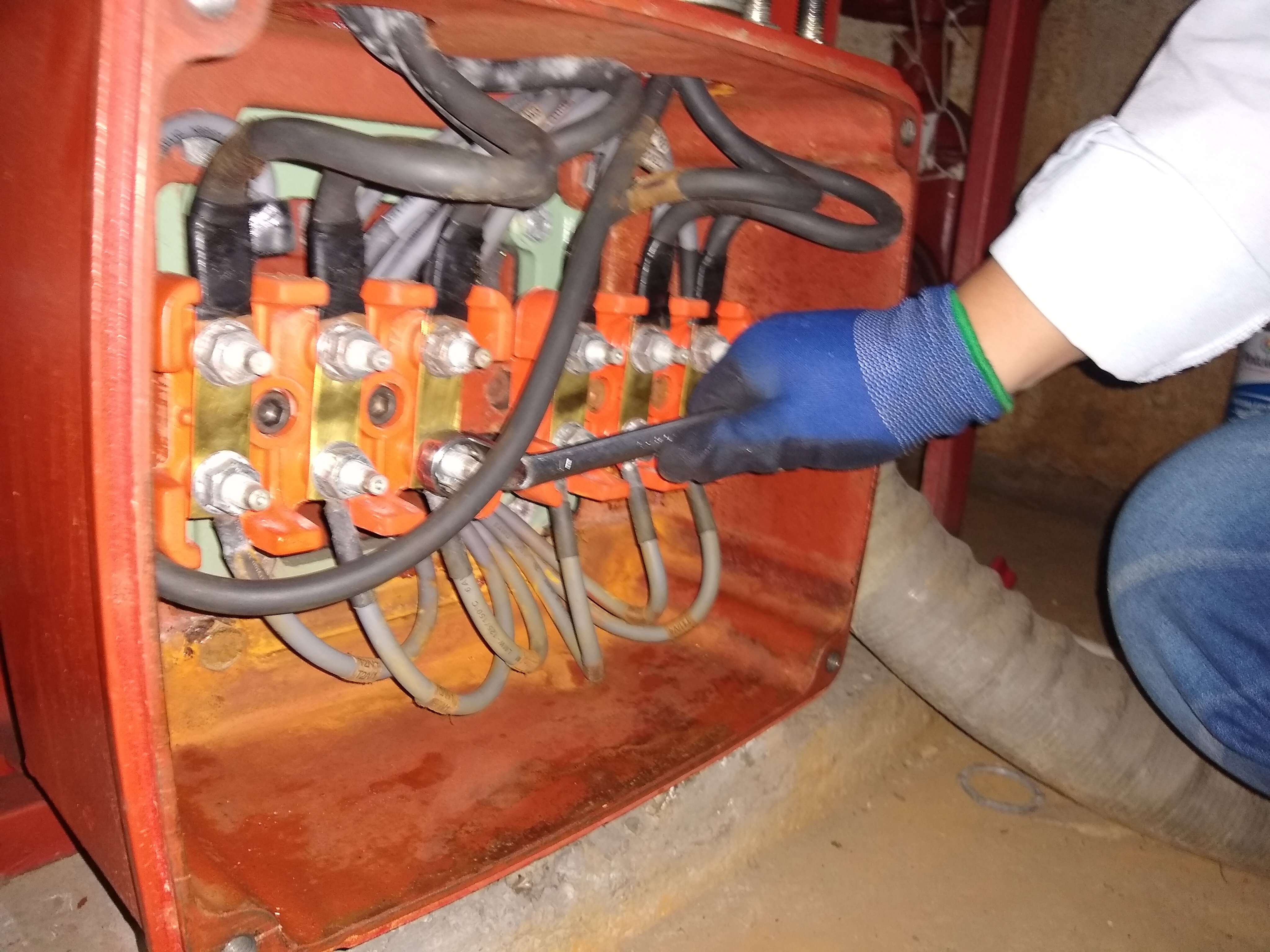 Verificación de conexionado eléctrico a motor
