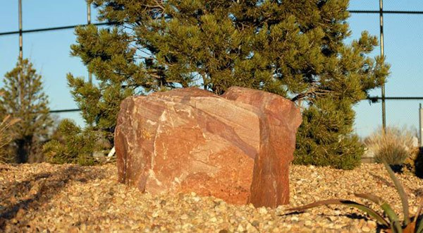 19-8034 - Ruby Red Boulders (2)