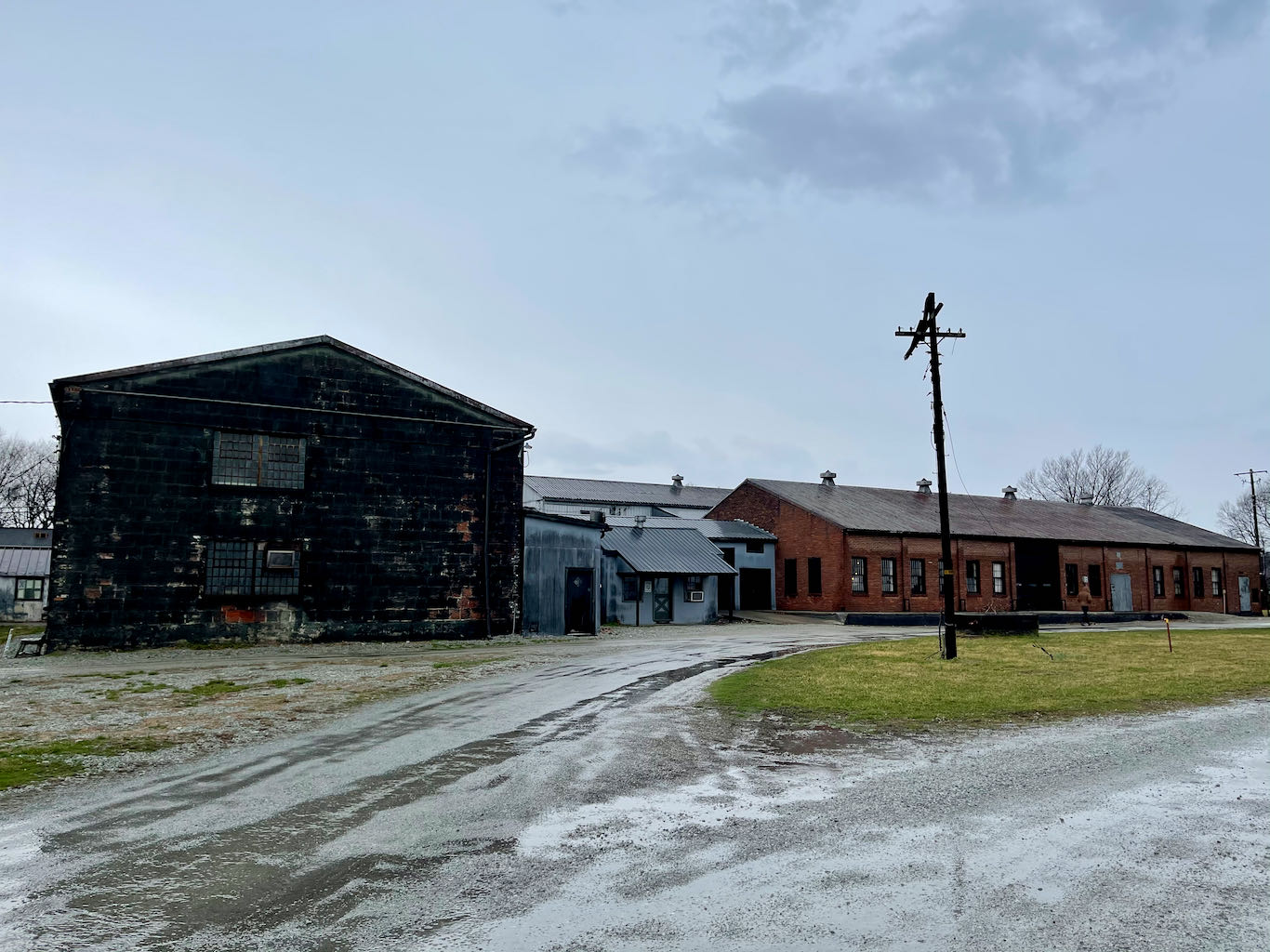 Tour check in, museum, future gift shop and restaurant - Old Samuels Distillery